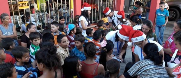 Consulado de Colombia en Barinas realizó un circuito navideño en las poblaciones donde se encuentra comunidad colombiana de escasos recursos del Estado