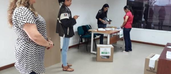Inició la jornada electoral presidencial 2018 para la segunda vuelta en Consulado de Colombia en Barinas